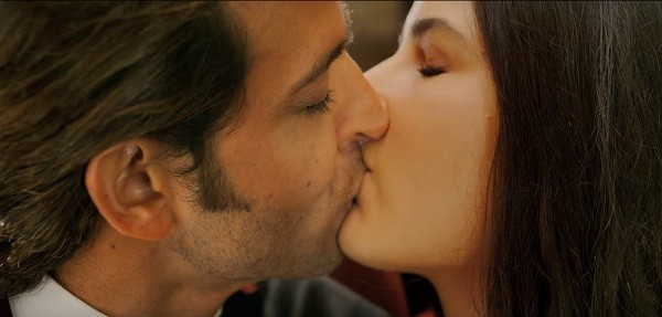 katrina-kaif-kiss-picture