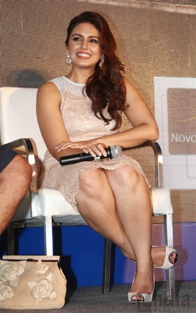 huma-qureshi-hot-legs