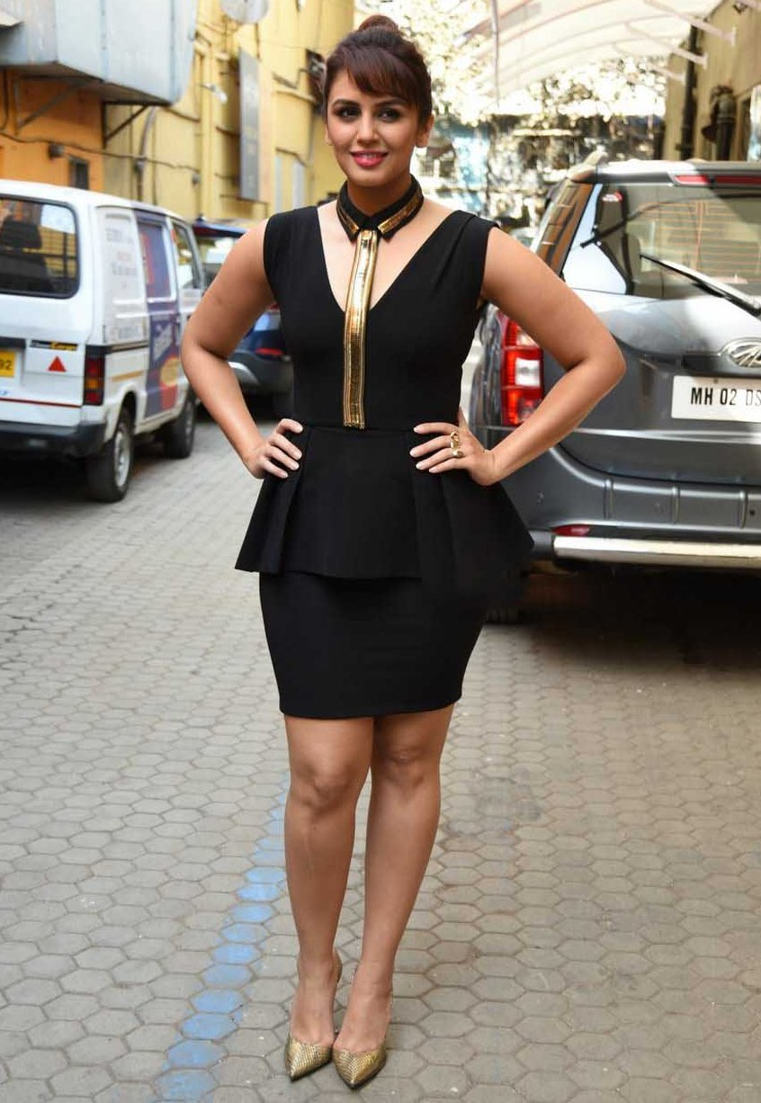 huma-qureshi-hot-images