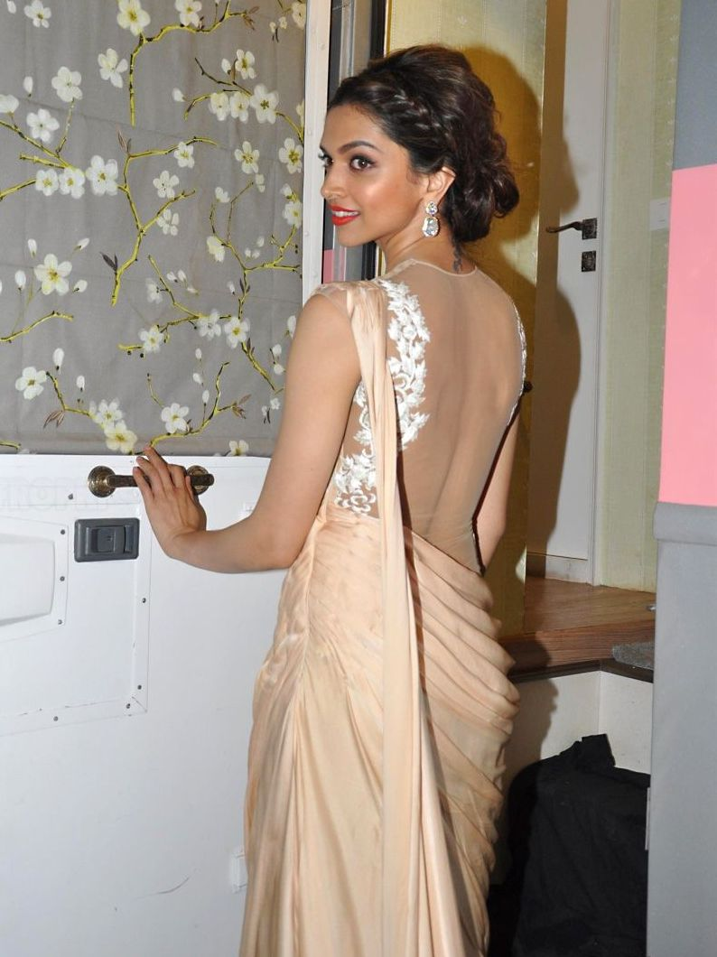 deepika-padukone-hot-back-images3
