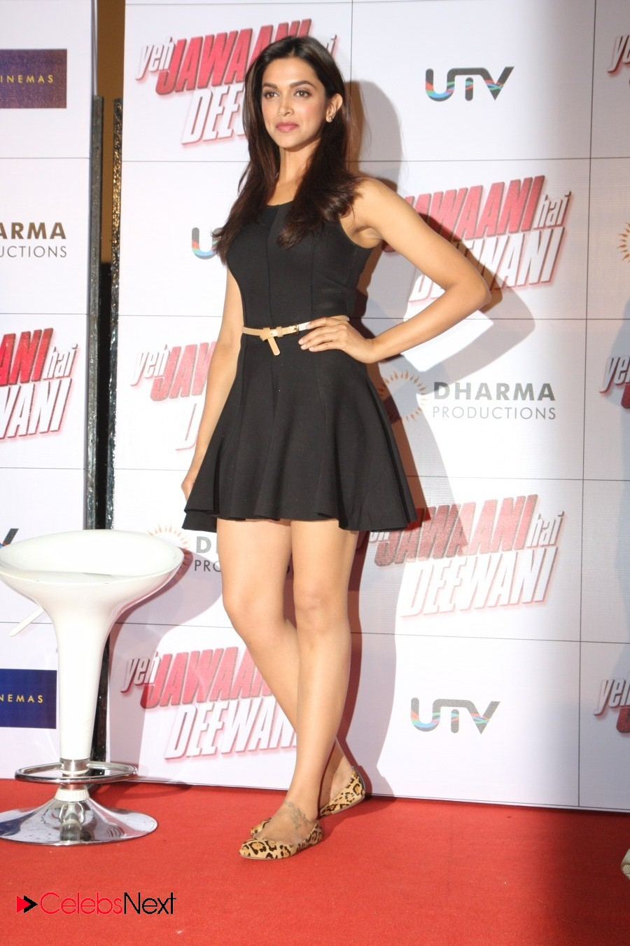 deepika_padukone_sexy_wallpapers3