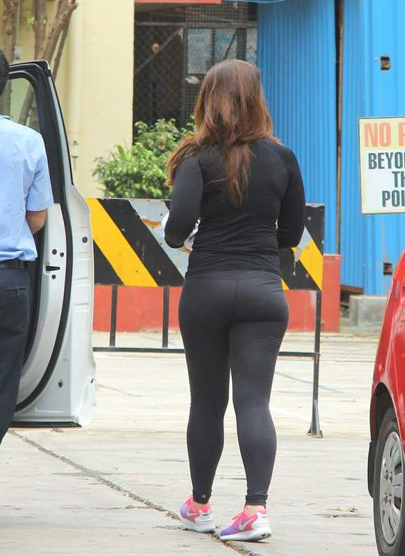 Kareena Kapoor sexy ass