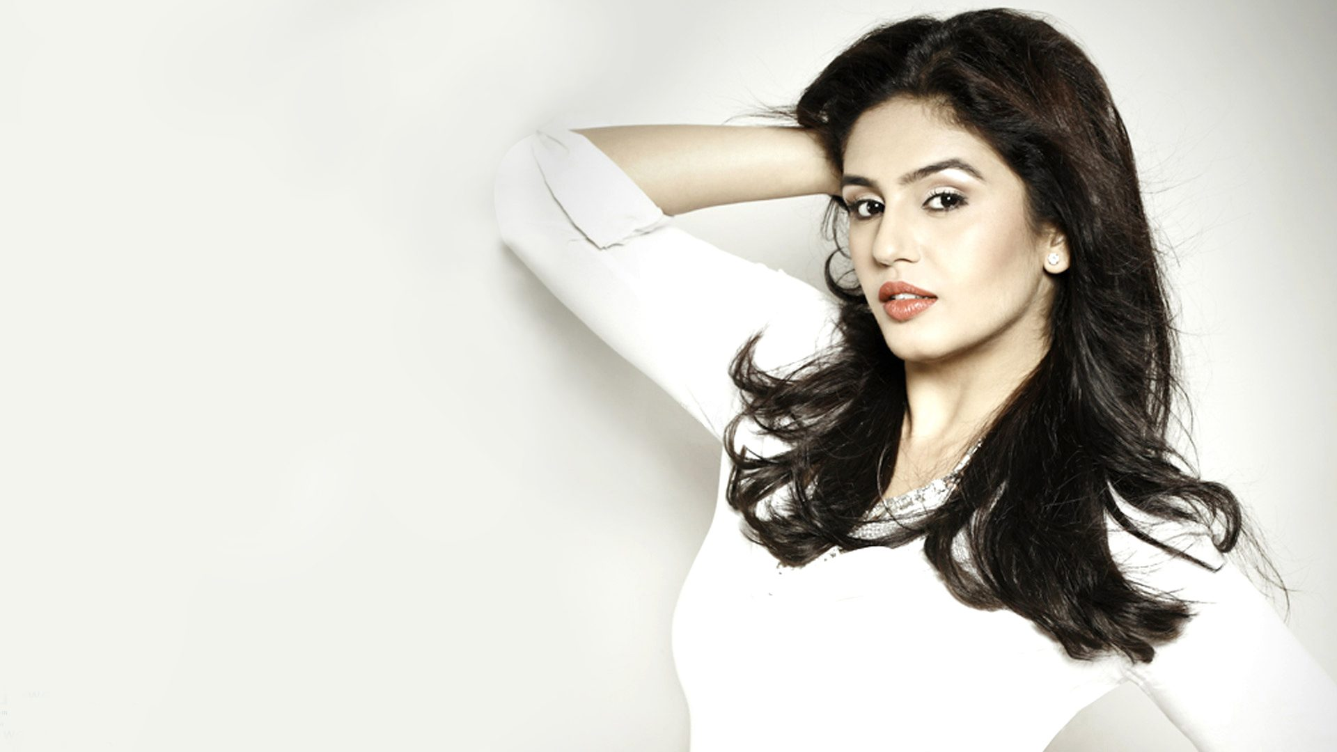 Huma-qureshi-hd-wallpapers