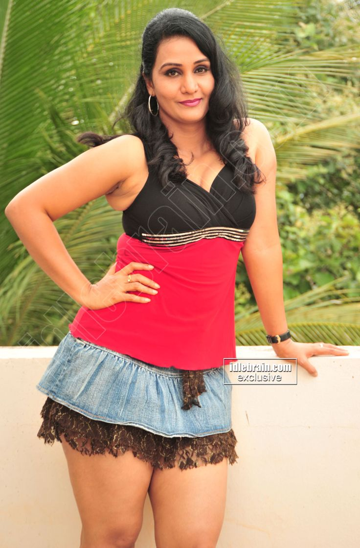 Apoorva Aunty Sexy Photos