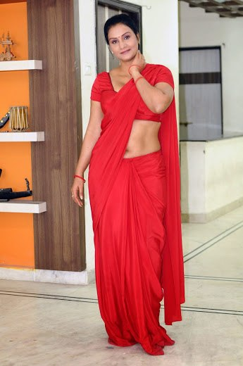 Apoorva Aunty hot Photos
