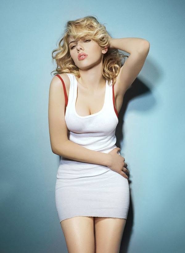 scarlett-johansson-sexy-dress