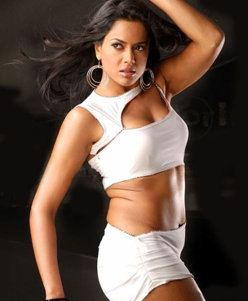 sameera-reddy-hot-pics9