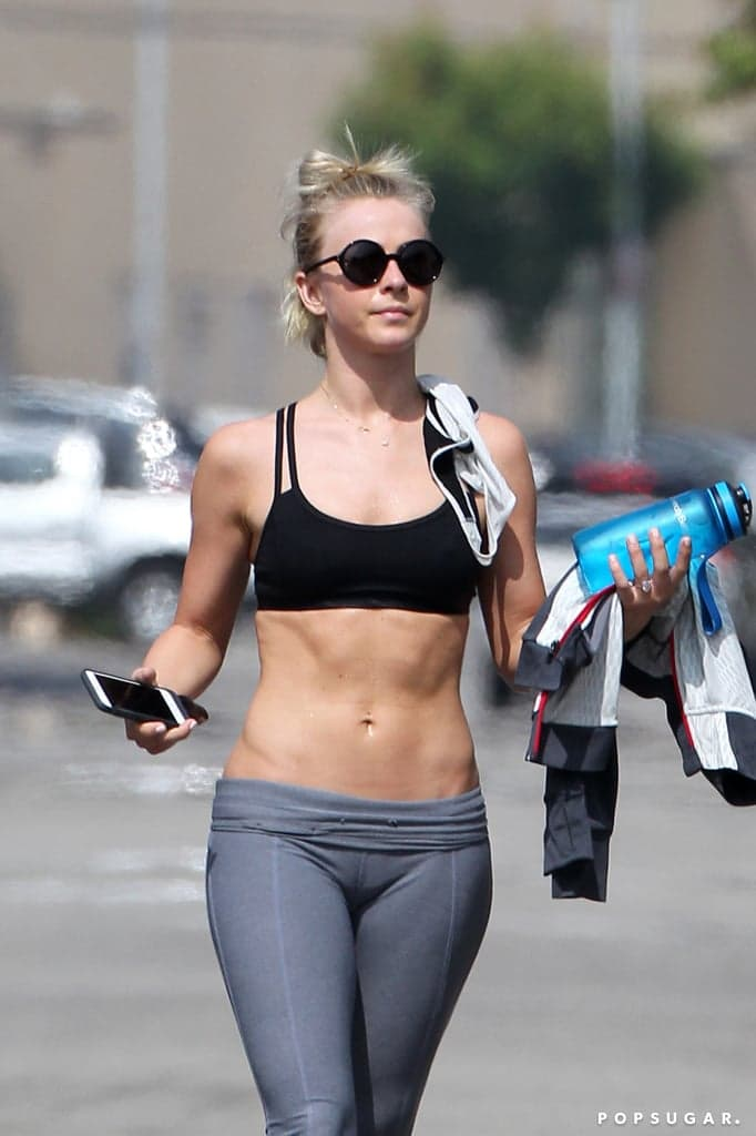julianne-hough-thigh-images4