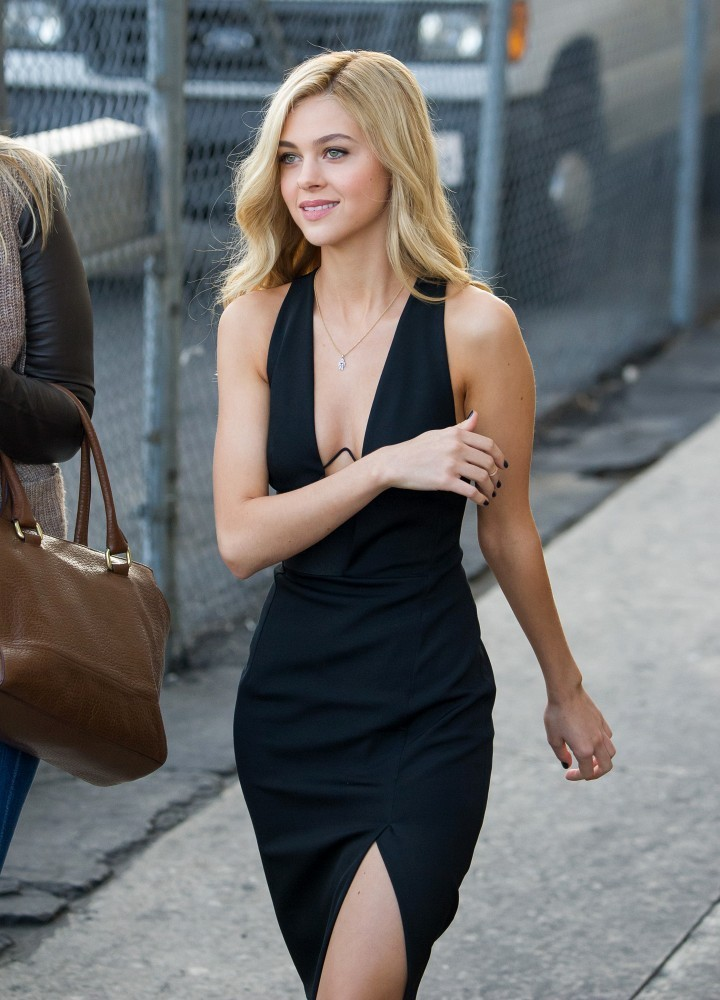 nicola-peltz-sexy-dress
