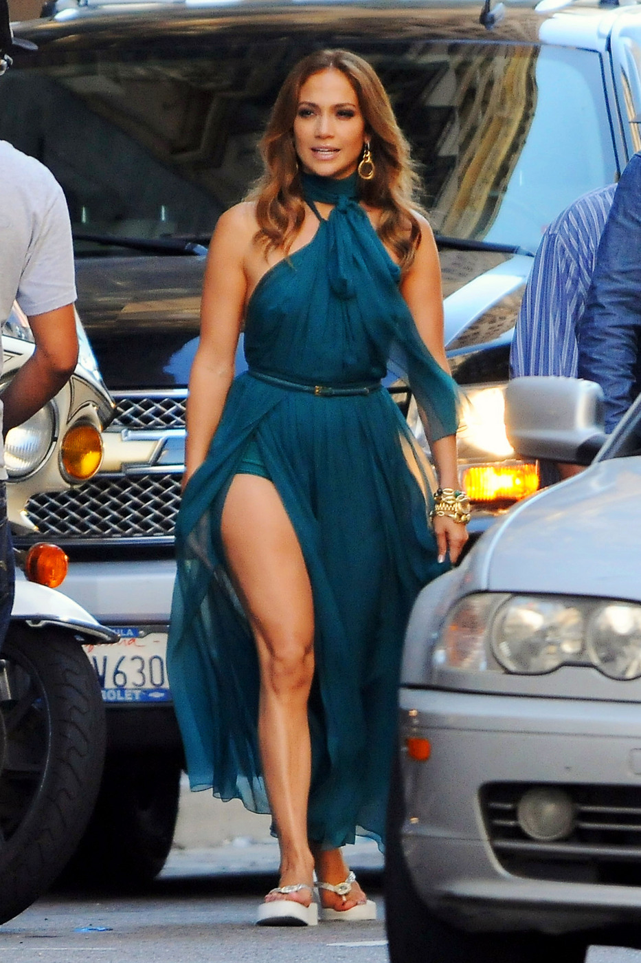 Jennifer Lopez takes over the streets of downtown Los Angeles filming a Fiat commercial in Los Angeles